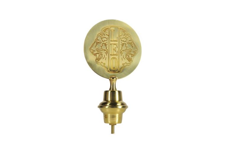 Emblema Leo in ottone per aste