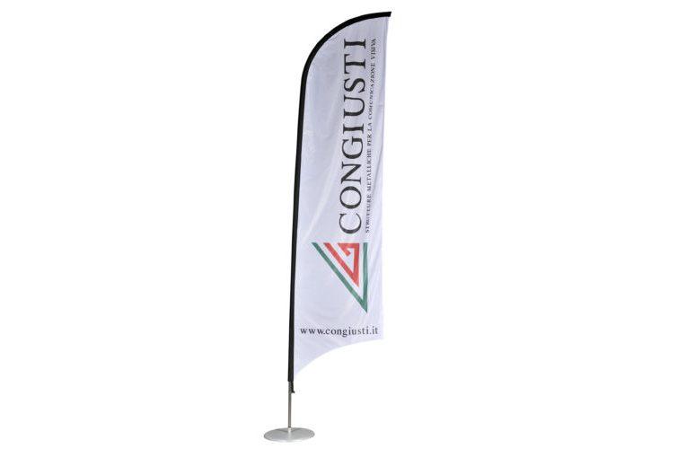 Struttura in alluminio per bandiere a vela